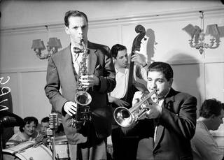 Photo of Johnny Dankworth at the Studio 51 Club with Leon Calvert, photograph by Harry Hammond, 1956, England. Museum no. S.7307-2009. © Victoria and Albert Museum, London