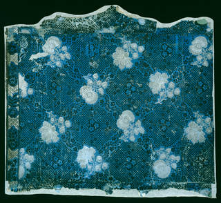 Portion of 'mock flock' wallpaper, unknown maker, about 1750 – 75, from Mansion House, Whitchurch. Museum no. E.528-2001. © Victoria and Albert Museum, London