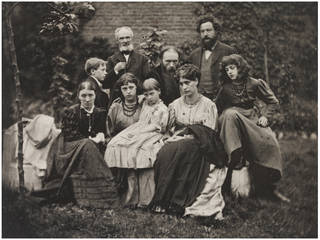 Burne-Jones and Morris Families, photograph by Frederick Hollyer, about 1890, England. Museum no. 7816-1938. © Victoria and Albert Museum, London