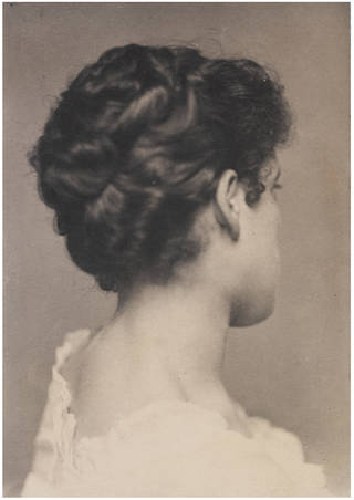 Miss Margot Tennant, photograph by Frederick Hollyer, about 1890, England. Museum no. 7807-1938. © Victoria and Albert Museum, London