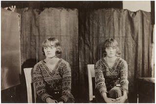 Daphne du Maurier, photograph by Curtis Moffat, about 1925. Museum no. E.1558-2007. © Victoria and Albert Museum, London/Estate of Curtis Moffat