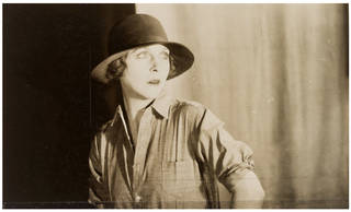 Lady Diana Cooper, photograph by Curtis Moffat, about 1925. Museum no. E. 1550-2007. © Victoria and Albert Museum, London/Estate of Curtis Moffat