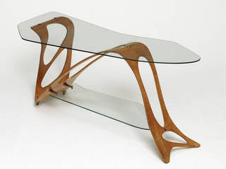 Arabesque, table, designed by Carlo Mollino, manufactured Apelli & Varesio, 1949, Italy. Museum no. W.7-1985. © Victoria and Albert Museum, London