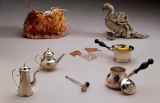 Miniature toys found within the casket, Martha Edlin, about 1670, England. Museum no. T.449-1990. © Victoria and Albert Museum, London