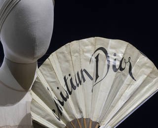 Lunchtime Lecture: Christian Dior and the Avant Garde photo