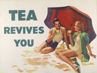 Tea revives you, poster, unknown, 1939, UK. Museum no. E.128-1973. © Victoria and Albert Museum, London