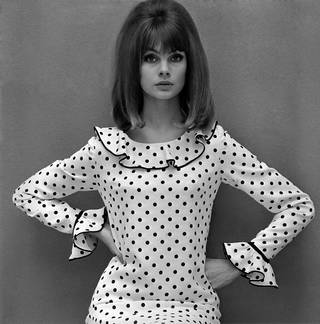 Jean Shrimpton in a Mary Quant dress, photograph by John French, 1964. England. © John French/Victoria and Albert Museum, London
