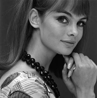 Jean Shrimpton profile with black necklace, photograph by John French, 1960 – 65, England. © John French/Victoria and Albert Museum, London