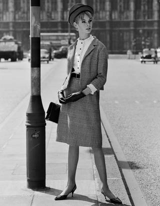 Jean Shrimpton in a suit, photograph by John French for Vanity Fair, 1962, England. © John French/Victoria and Albert Museum, London