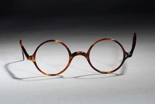 Photo of Glasses,  Oliver Goldsmith Eyewear, about 1930s, UK. Museum no. T.242A-1990. © Victoria and Albert Museum, London
