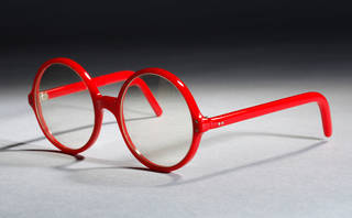 Photo of Glasses, Cutler and Gross, 1979, UK. Museum no. T.32-1995. © Victoria and Albert Museum, London