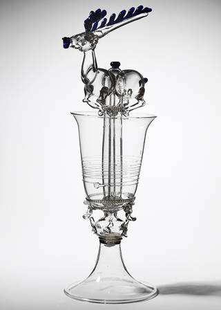 Siphon glass, unknown, 1650 – 1725, Germany. Museum no. 5509-1859. © Victoria and Albert Museum, London