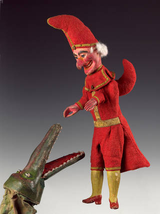 Mr Punch puppet, Arthur Quisto, 1937, UK. Museum no. S.526-2012. © Victoria and Albert Museum, London