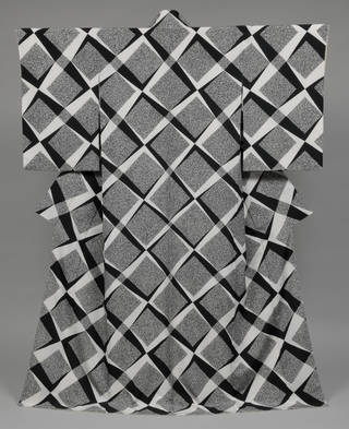 Black, white and grey kimono, with a diamond/square pattern