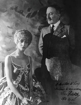 Photograph of Léon Bakst with the ballerina Olga Spessivtseva, 1921, England. © Victoria and Albert Museum, London