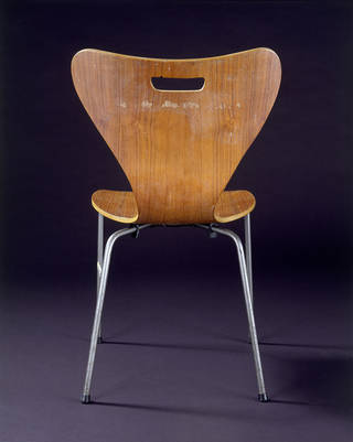 The Keeler Chair, copy of Arne Jacobsen's Model 3107 chair, unknown designer, about 1962, Denmark. Museum no. W.10-2013. © Victoria and Albert Museum, London
