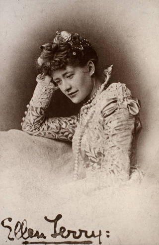 Photograph of Ellen Terry as Portia in The Merchant of Venice, 1875, by Fradelle & Young. Museum no. S.133:218-2007. © Victoria and Albert Museum, London