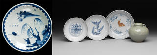 Dish made for Japanese export, unknown maker, 1621 – 27, Jingdezhen, China. Museum no. FE.6-1982. © Victoria and Albert Museum, London; Collection of Chinese ceramics excavated in Manila, unknown maker, 1450 – 1550, Jingdezhen, China. Museum no. FE.23-1975. © Victoria and Albert Museum, London