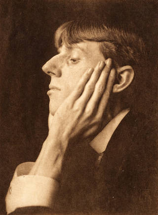Aubrey Beardsley, photograph by Frederick Evans, 1895, Britain. Museum no. RPS.3375-2018. © Victoria and Albert Museum, London