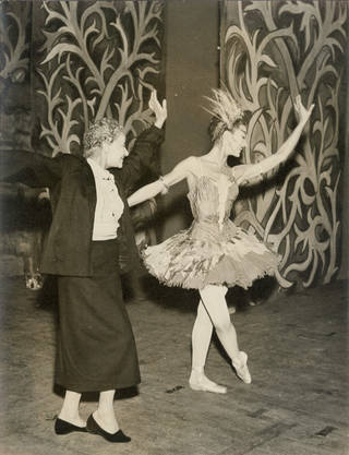 Karsavina coaching Fonteyn in role of The Firebird