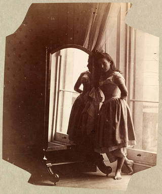 Clementina Maude, photograph by Lady Clementina Hawarden, about 1862 – 63, England. Museum no. 457:230-1968. © Victoria and Albert Museum, London