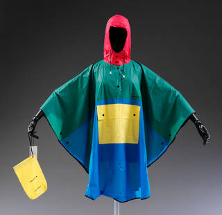 Poncho rain cape and carrying bag, designed by Mary Quant, 1989 – 90, Britain. Museum no. T.195:1, 2-1997. © Victoria and Albert Museum, London