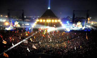Pyramid Stage. Image: Designing Buildings Wiki