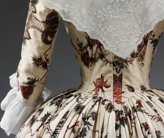 Power Dressing: Fashion 1500-1800 photo