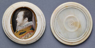 Portrait miniature of a man sitting side-on wearing a lace collar and mustard and blue jacket in a white ivory case, shown alongside lid.